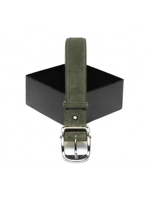 Cinturón de hombre en niño...